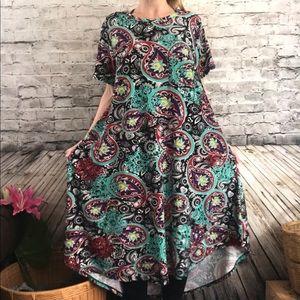 🆕Lularoe Carly Dress High low Black Paisley XL